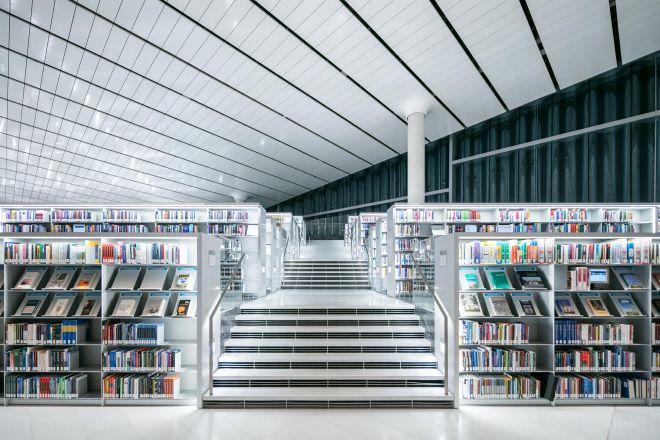 Bookshelfs in Qatar National Library