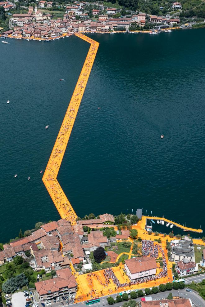 The Floating Piers from helicopter, Lago d'Iseo